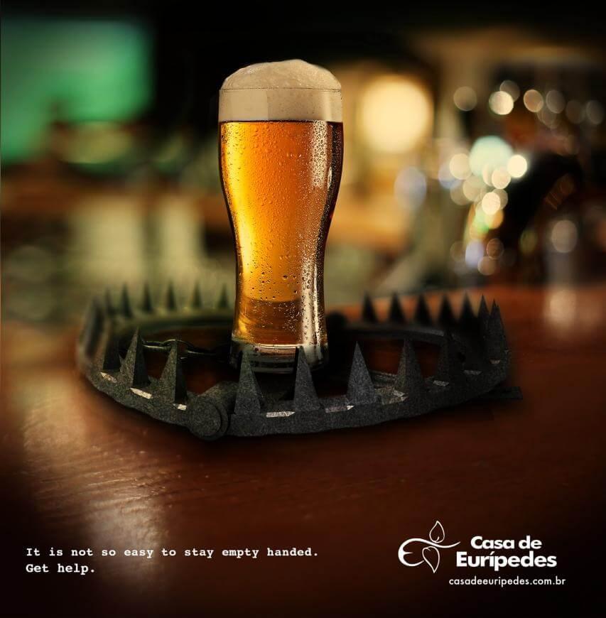 Casa de Eurípedes: No es fácil eludir las trampas del alcohol.
