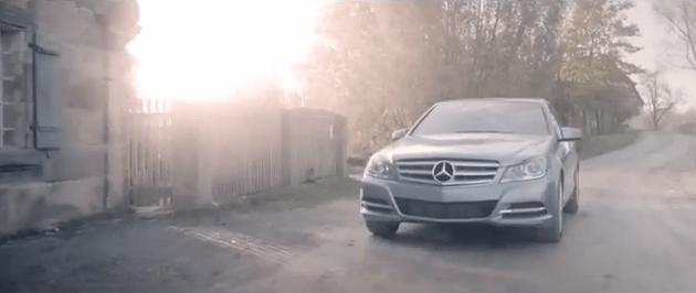 Veamos al Mercedes-Benz Werbung 2013 de cacería.
